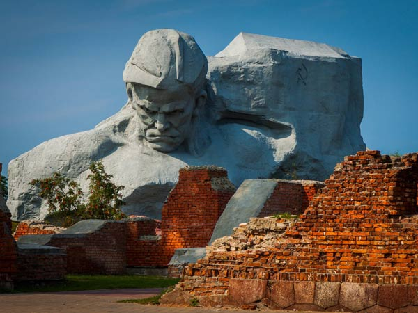 Brest — Brest Fortress — Belovezhskaya Pushcha Tour